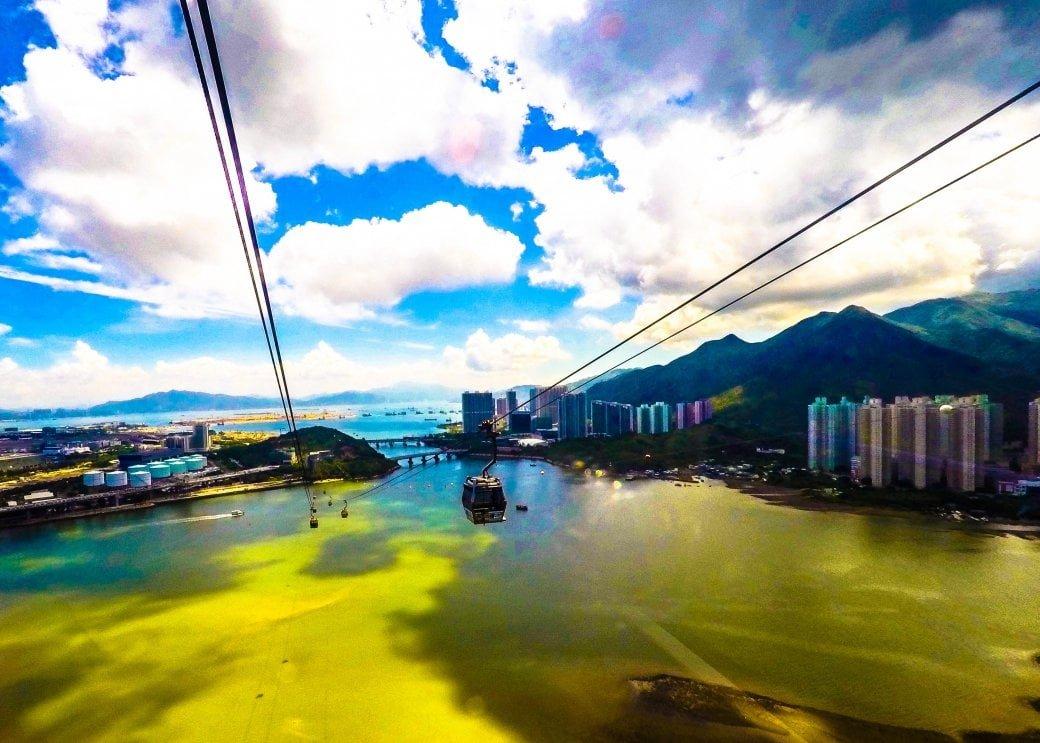 Cable Car | Hong Kong Honeymoon | Travel | Bubbly Moments