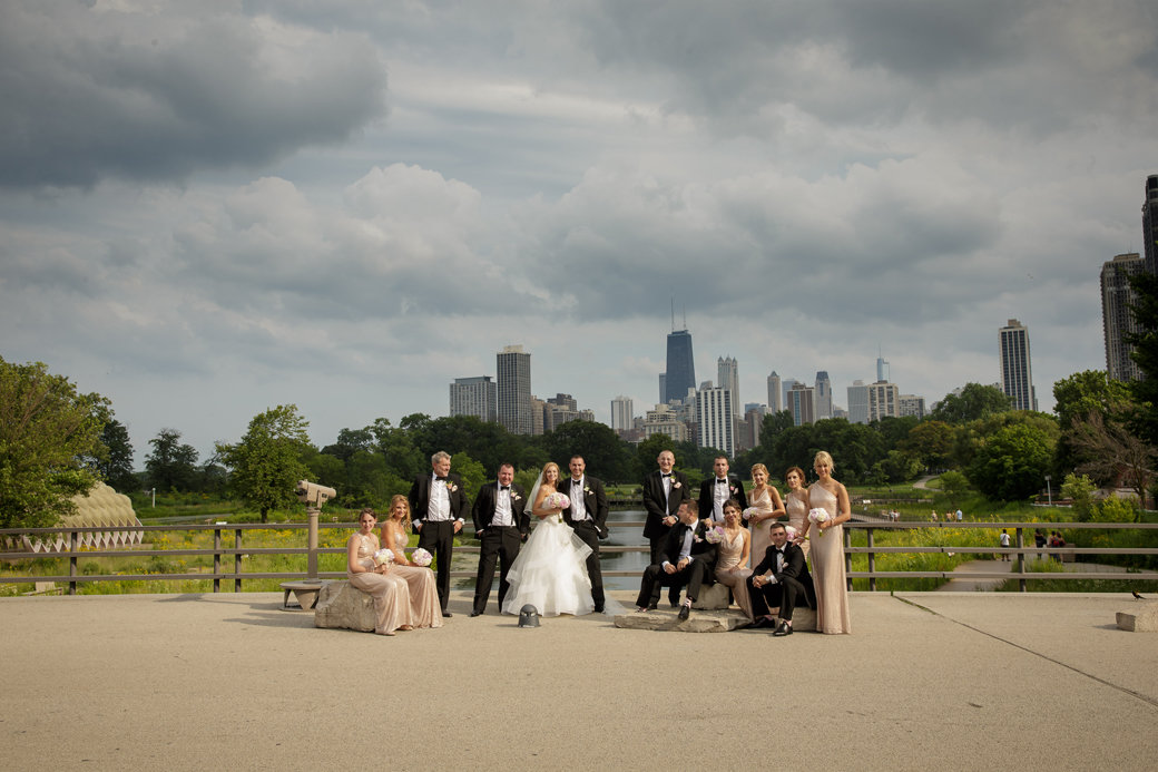 Rose Gold Sequins Bridesmaids Dresses | Black Tuxedos | Bridal Party | Cafe Brauer | Chicago Wedding | Chicago Skyline | Bubbly Moments