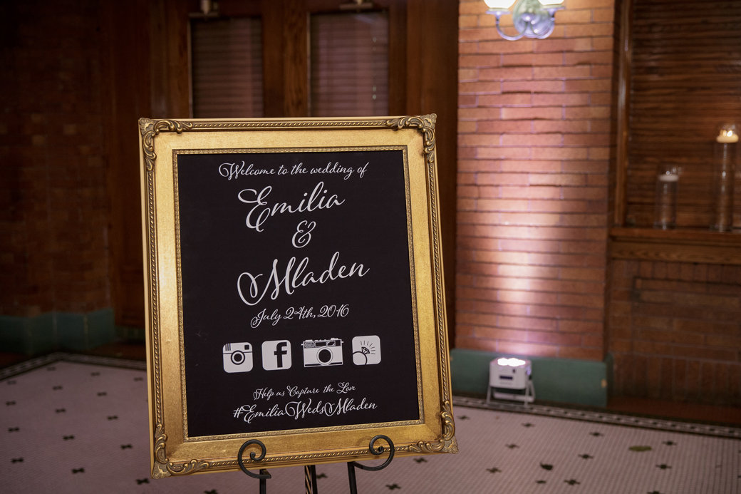 Wedding Sign | Cafe Brauer | Chicago Wedding | Bubbly Moments