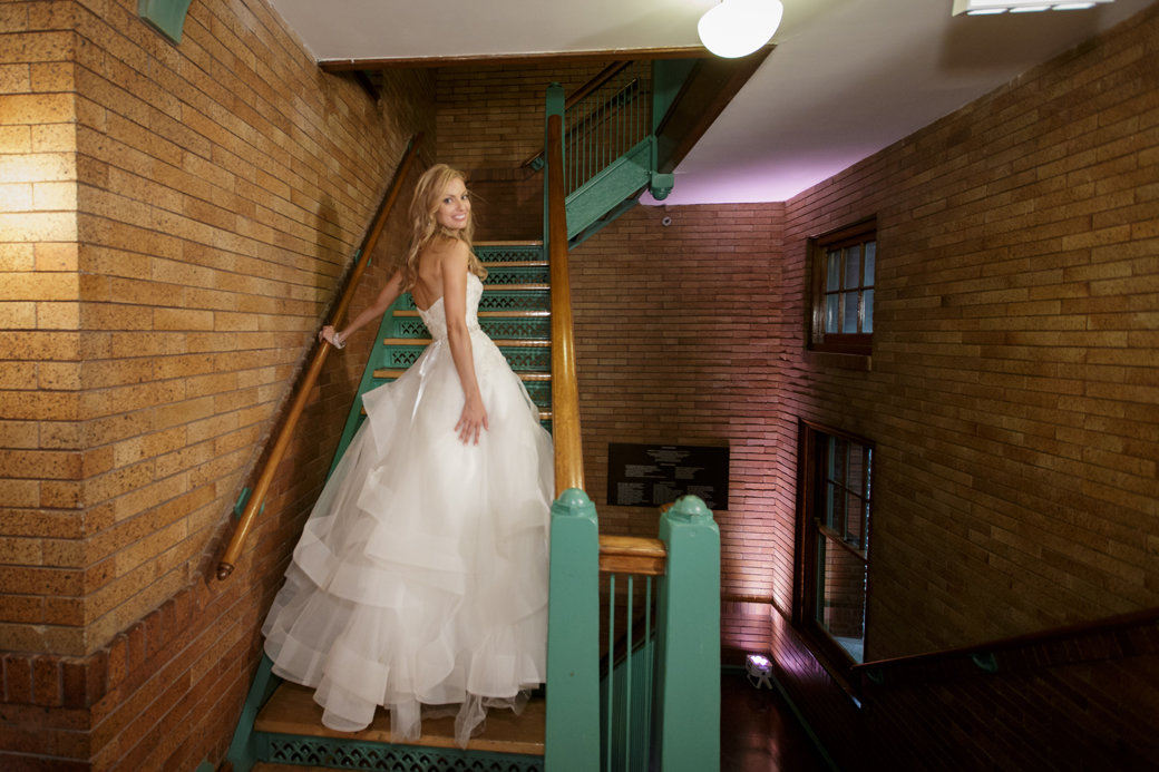 Monique Lhuillier Wedding Gown | Cafe Brauer | Chicago Wedding | Bubbly Moments