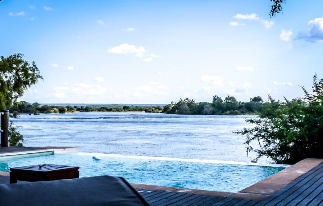 Victoria Falls | Livingstone | Zambia | Zambezi River | Sanctuary Sussi & Chuma | Africa Safari | Bubbly Moments