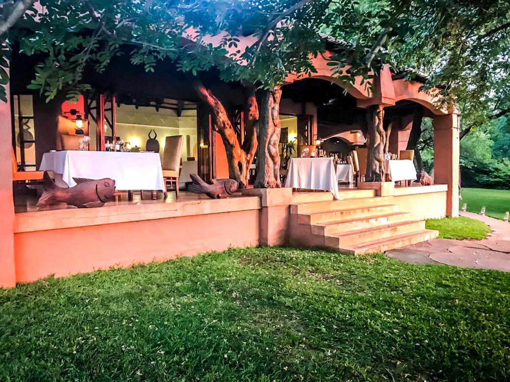 Safari | Botswana | Chobe National Park | Sanctuary Chobe Chilwero Camp | Bubbly Moments