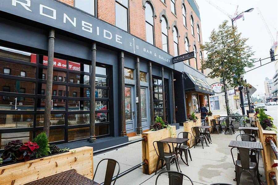 Ironside and Gallery | Best Sports Bars in River North, Chicago | Bubbly Moments