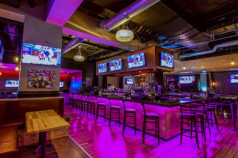 Trophy Room Bar | Best Sports Bars in River North, Chicago | Bubbly Moments