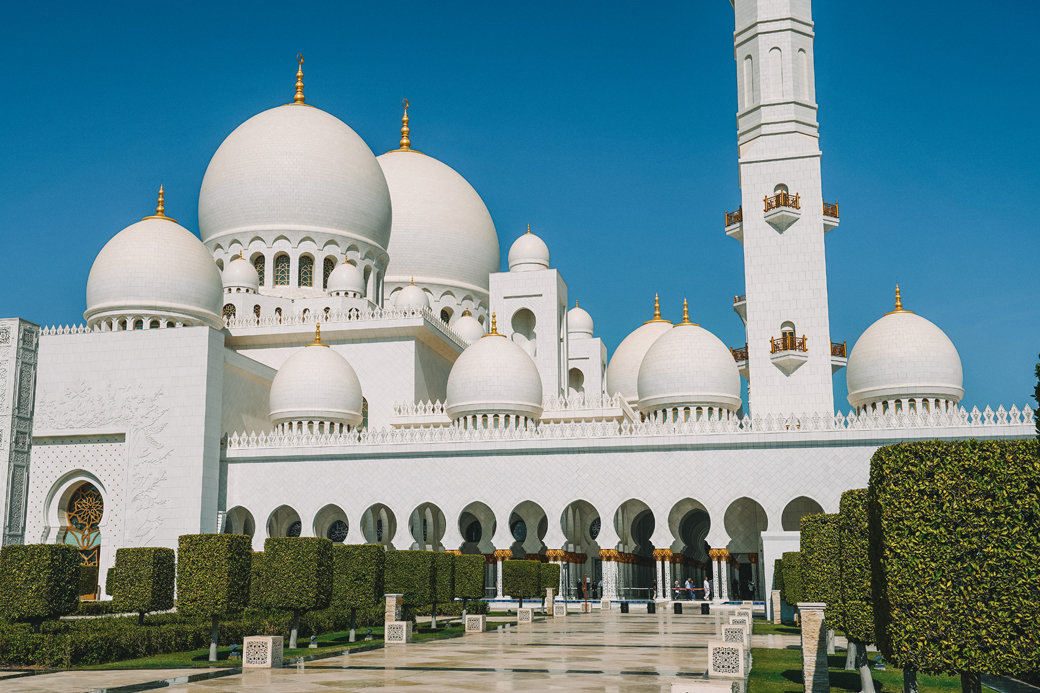 Abu Dhabi Day Tour | Abu Dhabi Excursions | Abu Dhabi in a Day | Things to Do in Abu Dhabi | UAE | Travel | Travel Photography | Bubbly Moments