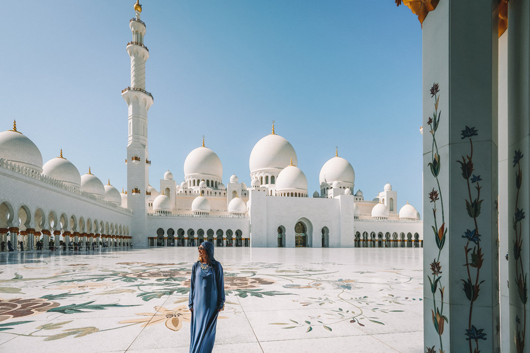 Abu DhaAbu Dhabi Day Tour | Abu Dhabi Excursions | Abu Dhabi in a Day | Things to Do in Abu Dhabi | UAE | Travel | Travel Photography | Bubbly Momentsbi Day Tour | My experiences and Ultimate Guide