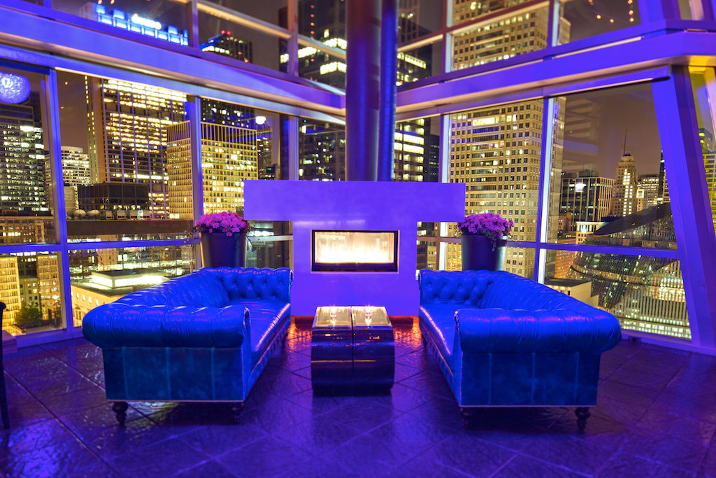 Best Chicago Rooftop Bars | Bubbly Moments